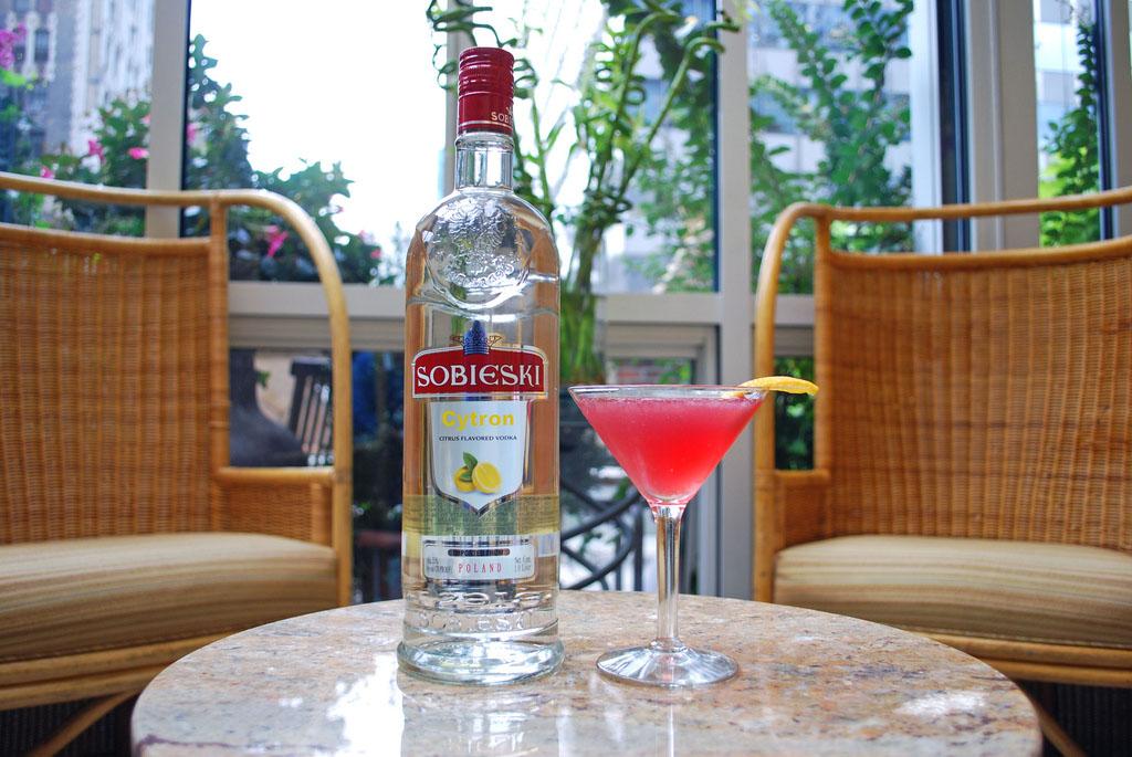 Sobieski Skinny Pomegranate koktél