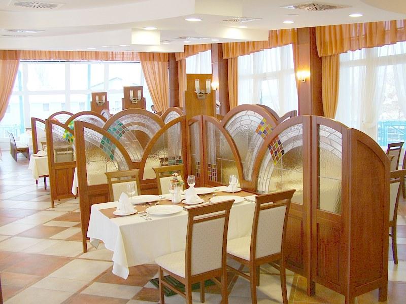 Amstel Cafe & Restaurant