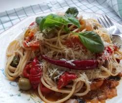 Peperonata spaghetti - lecsó spagettivel