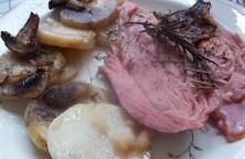 Sült pulykacomb szalonnás-gombás krumplival