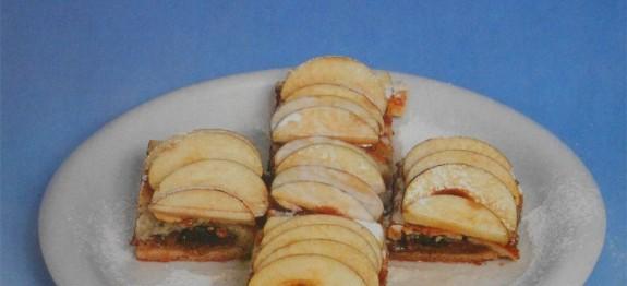 Flambírozott almás lepény