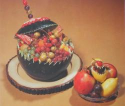 Gyümölcssalátával töltött görögdinnye