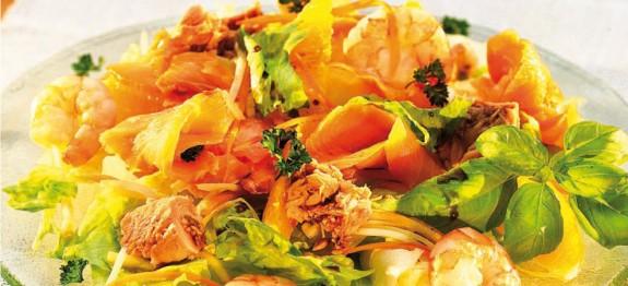Karácsonyi halkoktél saláta