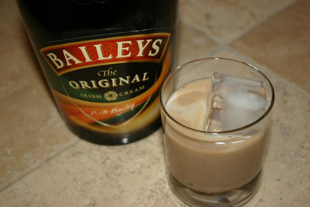 Baileys Over Ice koktél
