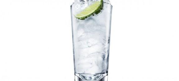 Vodka Tonic koktél
