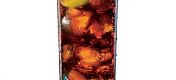 Bacardi Limón & Coke koktél