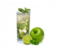 Green Apple Mojito koktél