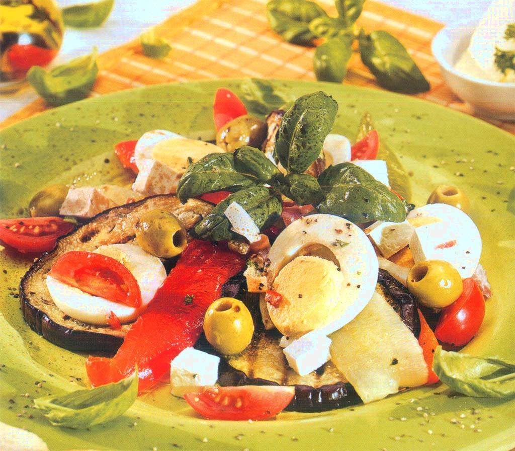 Görög olívás-balzsamecetes saláta