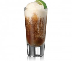 Rum and Coke Float koktél